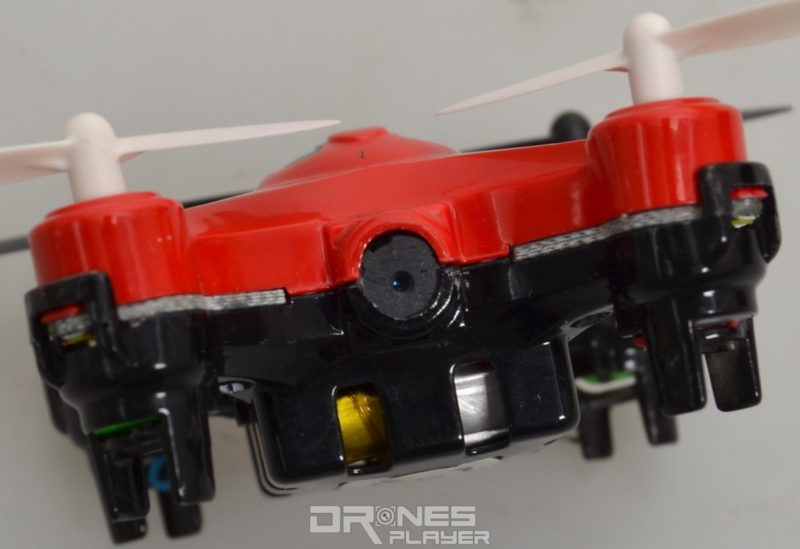 DHD D2 無人機機首設有 200 萬像素航拍相機,可拍 720p 影像。
