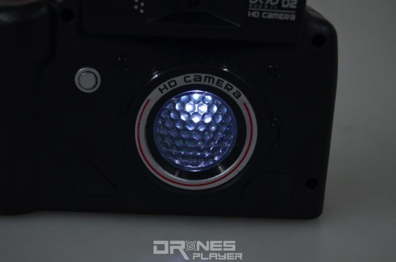 DHD_16 在「相機」模式下,拍攝時 DHD D2 控制器的機前更亮起燈號。