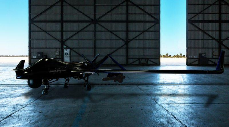 Textron Nightwarden 戰術無人機有效負載力達 130 磅,可承載偵測系統、電子攻擊裝備或者 Fury 導彈,兼具監視和打擊能力。