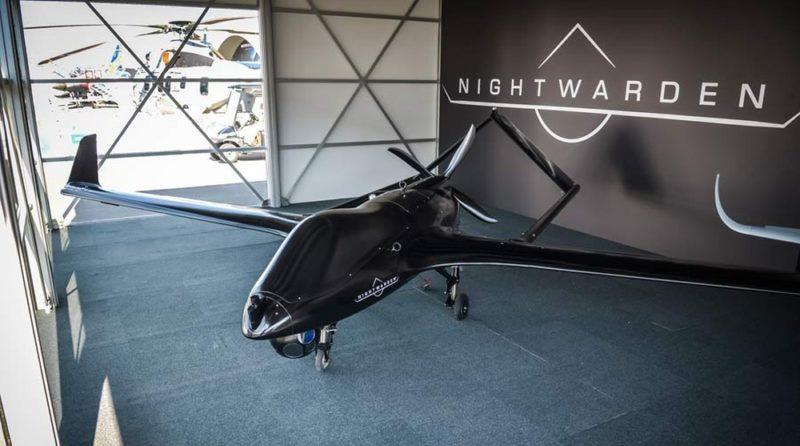 Textron Nightwarden 戰術無人機提供 90 節的飛行速度,1,100 公里的巡航範圍,以及 15 小時飛行時間,爆發力和耐力同樣出色。