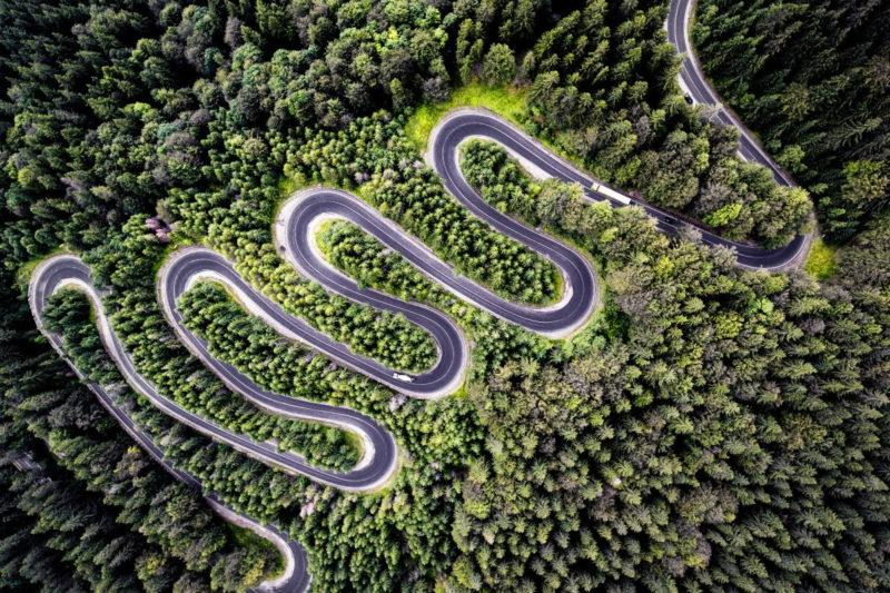 自然組亞軍:Infinite Road to Transylvania(往外西凡尼亞的無盡道路),Calin Stan 攝