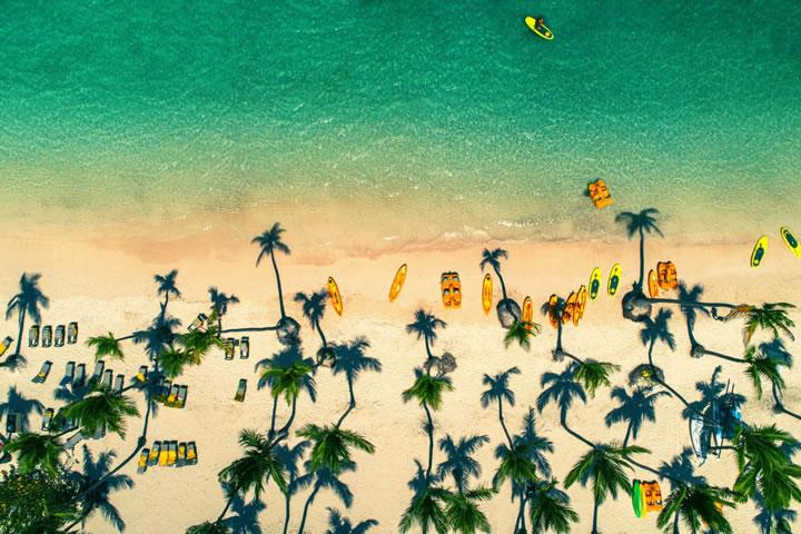 在多米尼加共和國的蓬塔卡納海灘。(作者:ValentinValkov)
