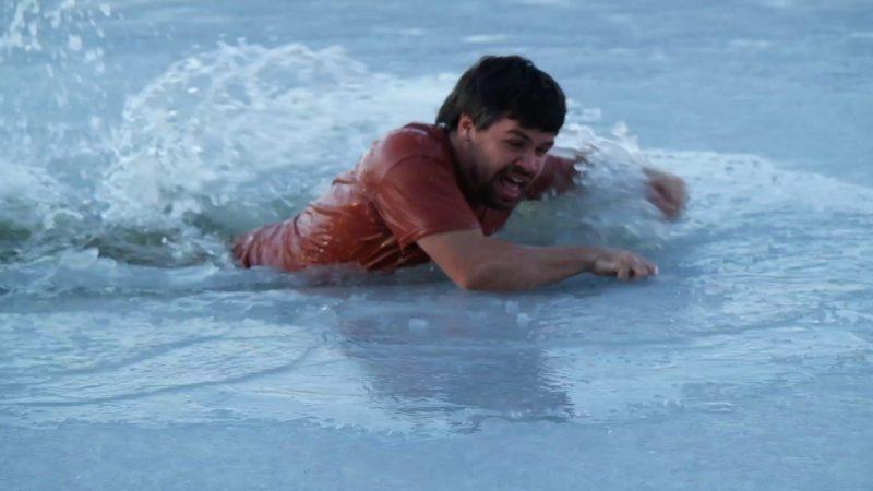 遠距離遙控無人機探測冰層厚度,居民就不用怕跌進冰水裏。