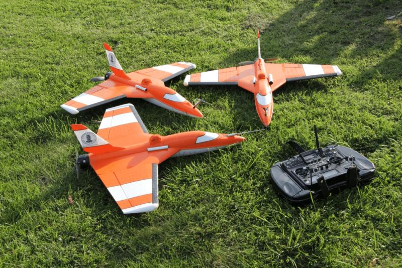 SUMO 無人機由卑爾根大學地球物理學研究所與開放原始碼社群 Paparazzi Community 共同研發。