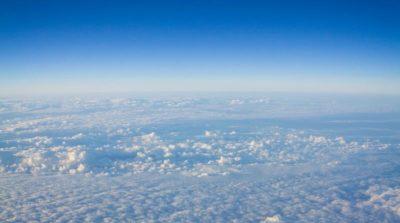 Facebook 與 Google 聯手施壓爭取使用大型客機常用的 20 至 50 公里空域