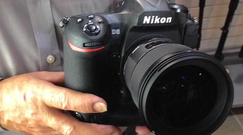 Nikon D5 真身相片流出