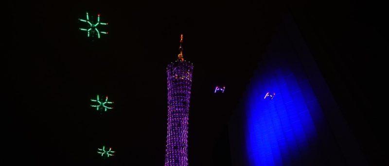 DJI 無人機飛入央視春晚聞歌起舞