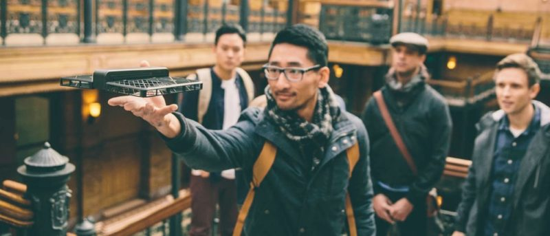 Hover Camera 被受同業爭議