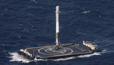 SpaceX 火箭 海上回收
