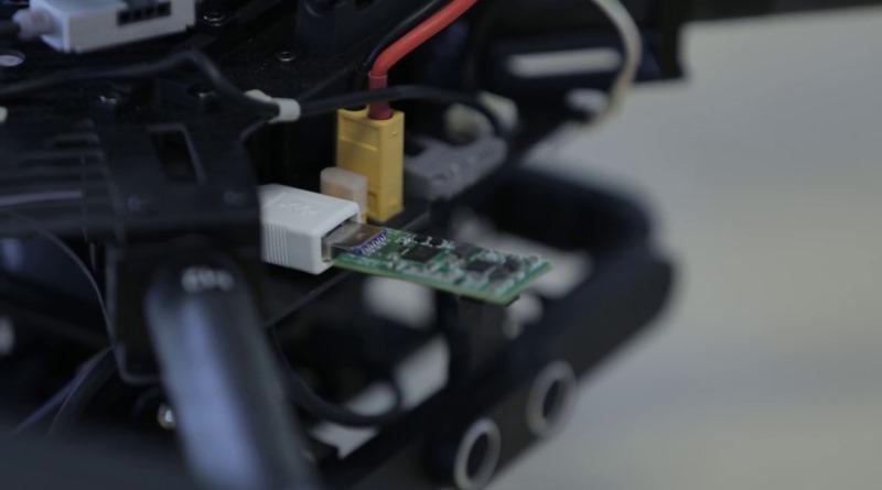 Movidius Fathom Neural Compute Stick 可用在無人機上