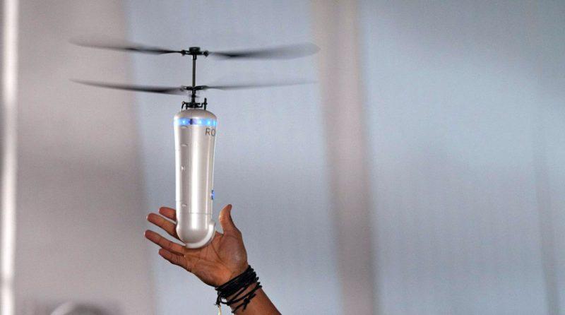 ROAM-e selfie drone 人臉辨識追蹤•360 度環繞自拍