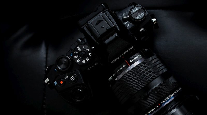 Olympus OM-D E-M1 Mark II 採自家設計感光元件