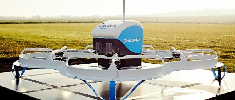 Amazon Prime Air Drone 從飛船母艦脫出 直降地面極速送貨