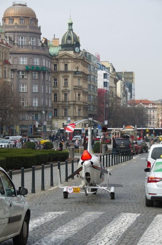 捷克 GyroDrive - 背面