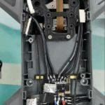 疑似 DJI Spark 機身底殼的線路布局。