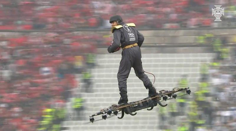 2017 年度葡萄牙盃用無人機載人送球