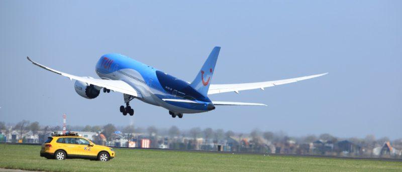 波音擬 2019 年試用 AI 控制 Boeing 787 飛行