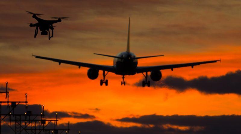 英國無人機險撞客機翼梢 交通部擬修例嚴打