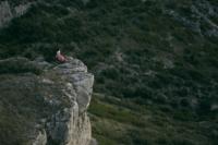 郭雪芙南法拍攝懸崖照