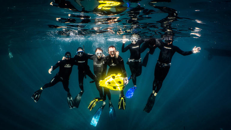 iBubble 水下無人機具自動避障.自主潛行 略遜一籌因沒有鏡頭?
