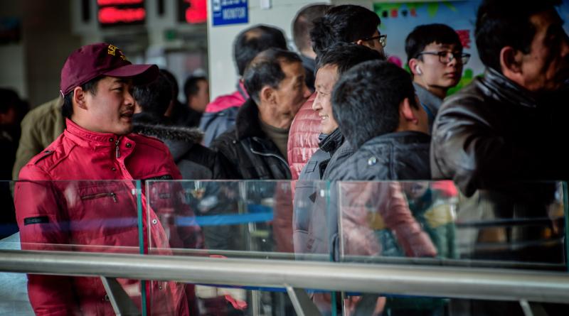 中國春運「人類大遷徙」開始 廣東出動無人機監控交通狀況