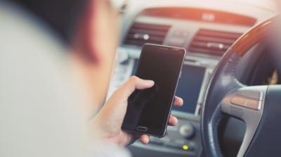 行車時請勿使用手提電話? 無人機1 個月內抓拍過千宗