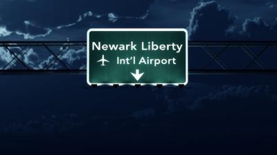 無人機又再「鬧場」! 美國紐瓦克機場短暫停止航班降落