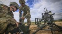 發射彈頭拋網智擒敵軍無人機 美軍新發明取得專利