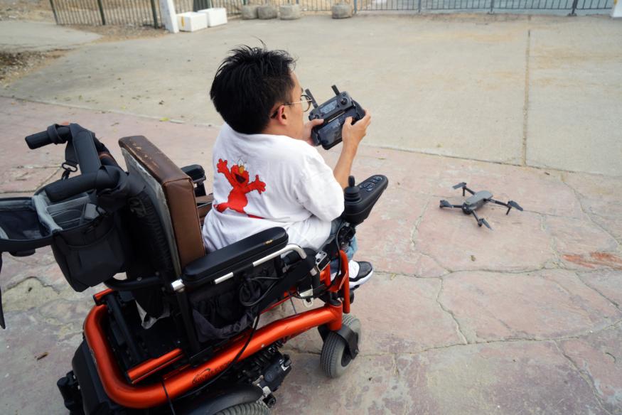 【輪椅上航拍香港.下】有限制便發掘過人之處 香港小但題材多