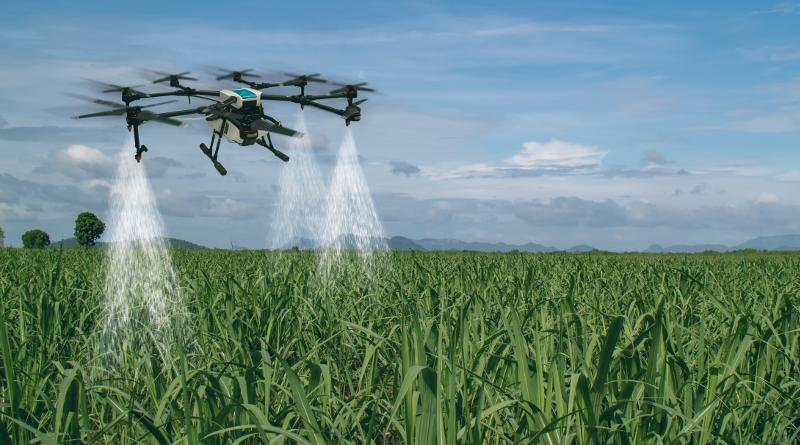 無人機噴灑農藥需先得證書 訓練課程最快 8 月開課