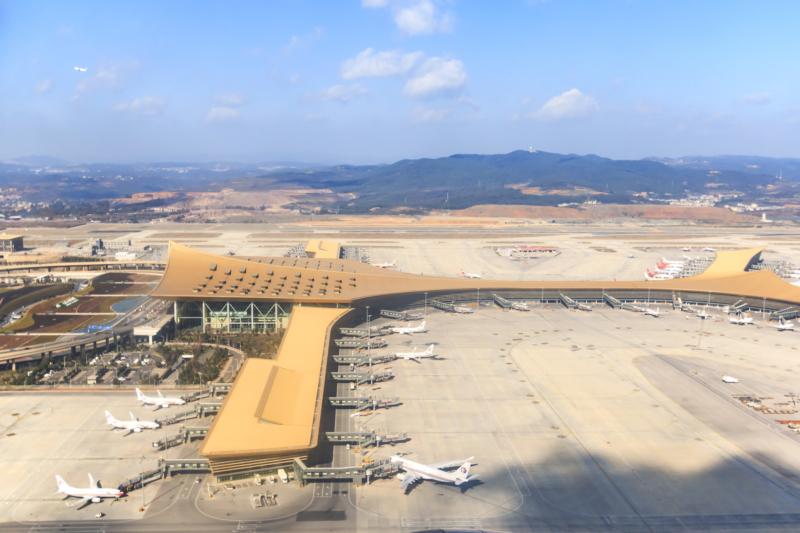 常州機場疑一度受黑飛影響 昆明一客機誤傳被無人機撞擊