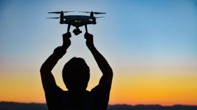 超值! 每小時 32 元學空拍 台政府補助無人機課程