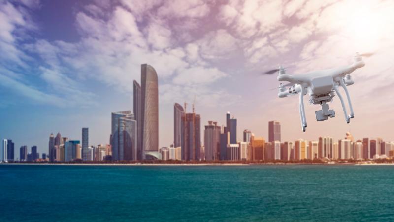 阿聯酋為無人機法規鬆綁 允許有限度航拍