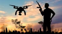 越野車激光淨空系統 3 秒擊落無人機 恐怖份子犯傻「無人機襲擊」反炸自