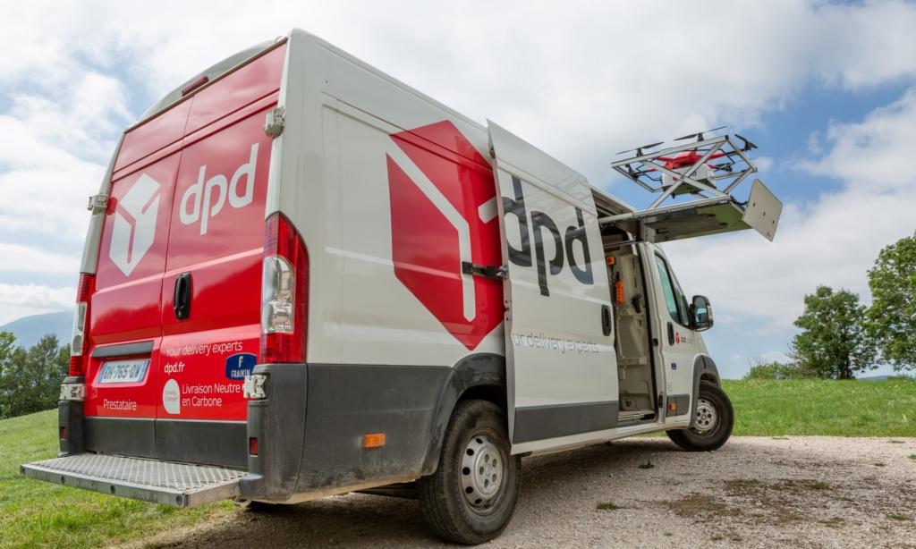 無人機送包裹上山 法國郵政:可靠、快捷、安全