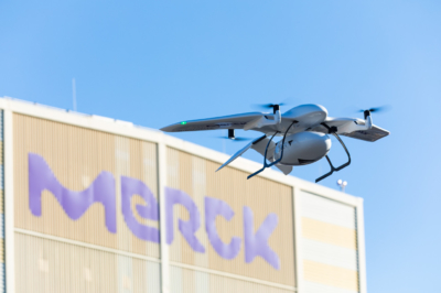 Wingcopter 夥拍 Merck 試驗無人機送貨 德國完成首飛