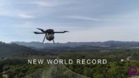 油電混合無人機飛行 8 小時 刷新世界紀錄
