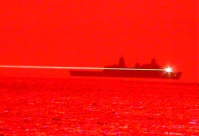 【有片】美軍艦演示以激光擊落無人機 艦長:重新定義海上戰爭