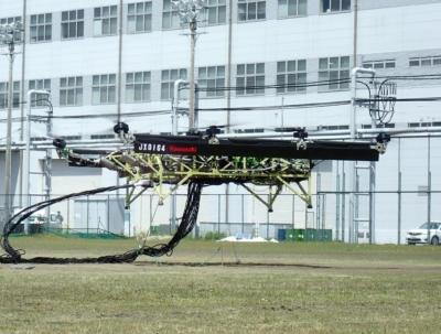 使用機車引擎發電 KAWASAKI 測試大型油電無人機
