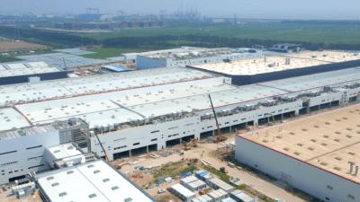 航拍 Tesla 上海超級工廠二期工程進度 中國製 Model Y 量產在即
